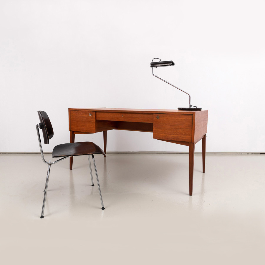 DeWe Teak Schreibtisch