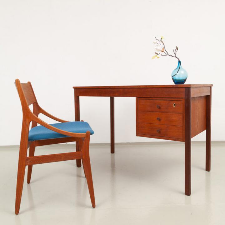 60er Jahre Teakholz Schreibtisch