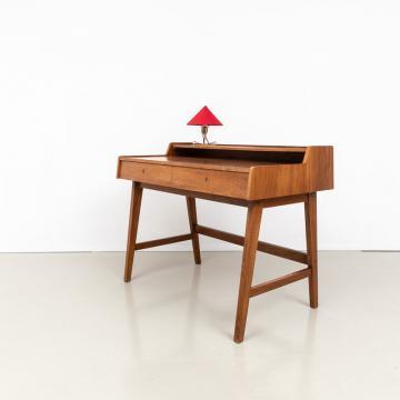 60er Jahre Nussbaum Schreibtisch