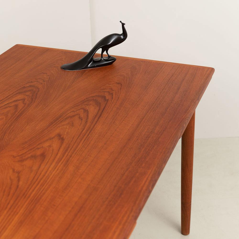 60er Jahre Teakholz Esstisch mit Auszugplatten