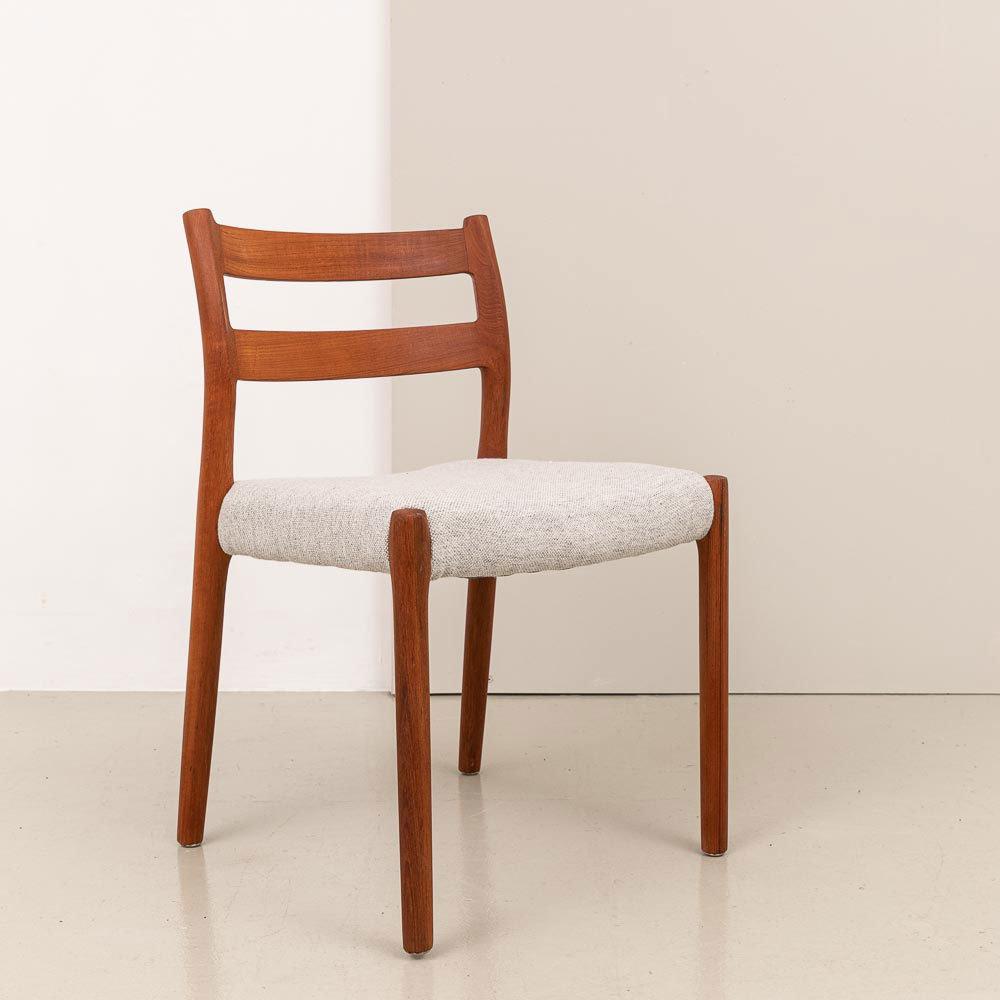 1970er Jahre J.L. Møeller Teak Stühle
