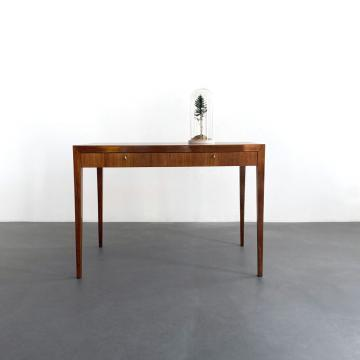Nussbaum Schreibtisch, 60er Jahre